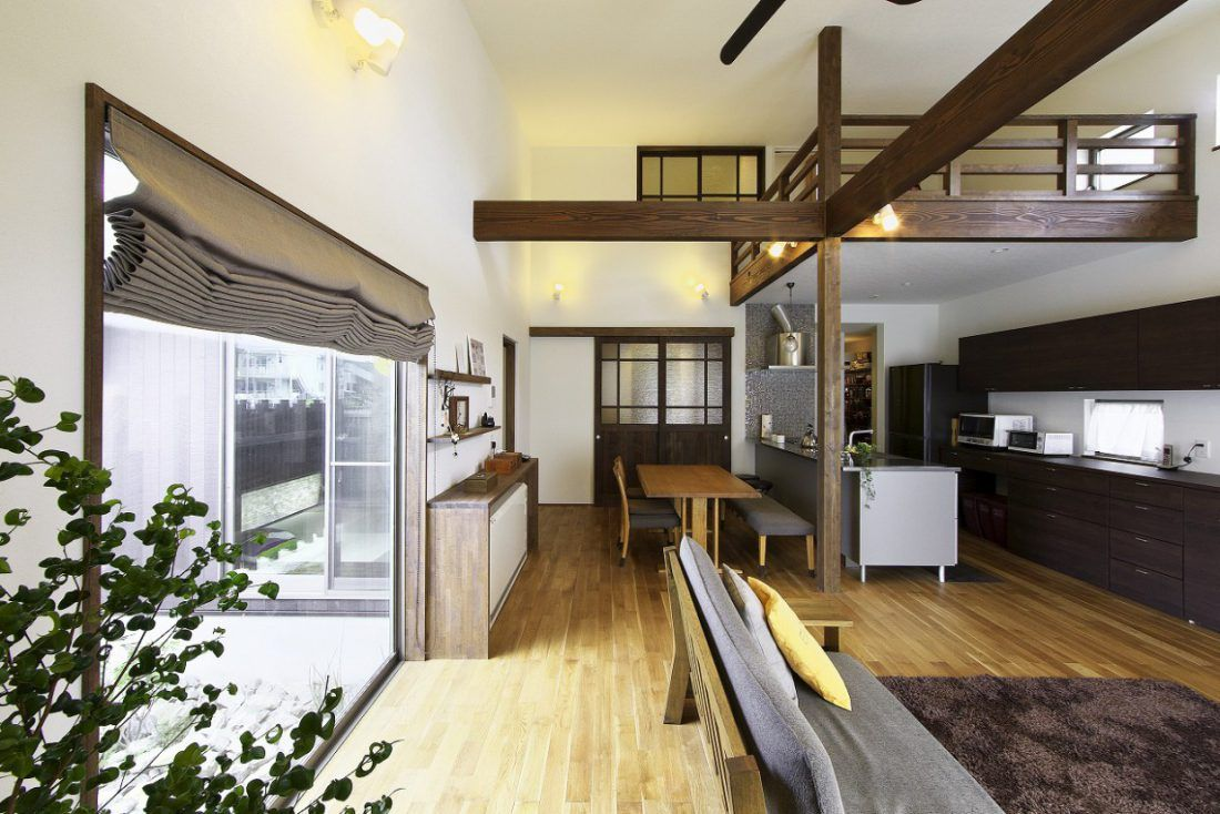 中庭ウッドデッキのある上質なカフェのような家 新築 住宅 住宅
