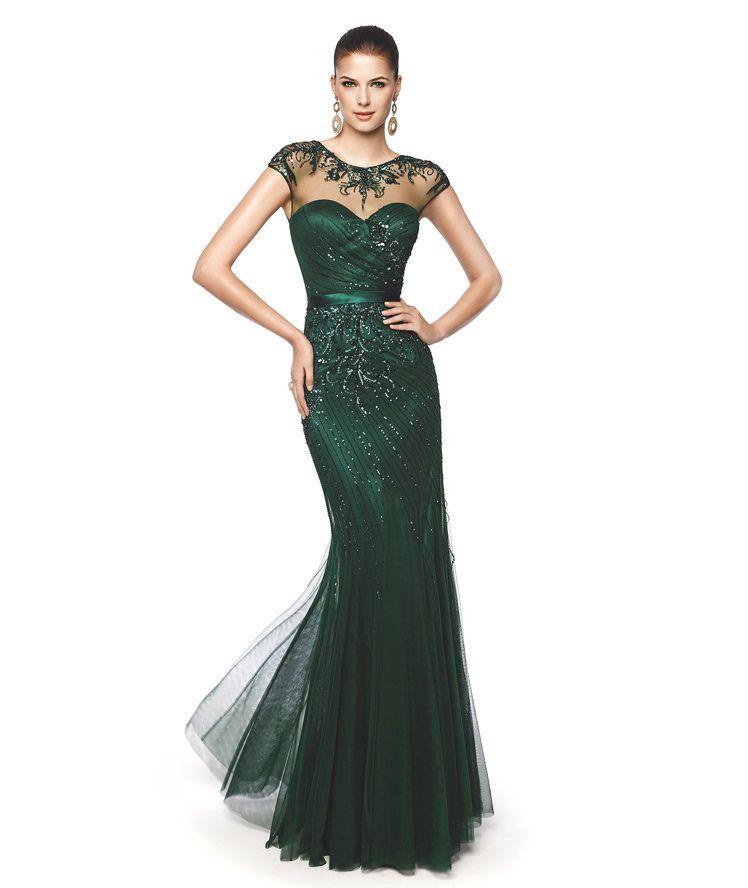 aec5efed6 Vestido de fiesta verde oscuro corte sirena Modelo Nagual - Pronovias 2015.  sonia peña coleccion 2015