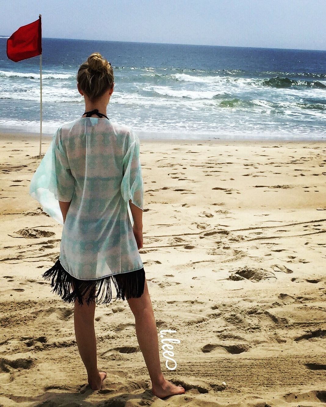 d9b62ab84e The LuLaRoe Monroe Kimono & the Beach - a match made in paradise. Monroes  make great bathing suit covers!