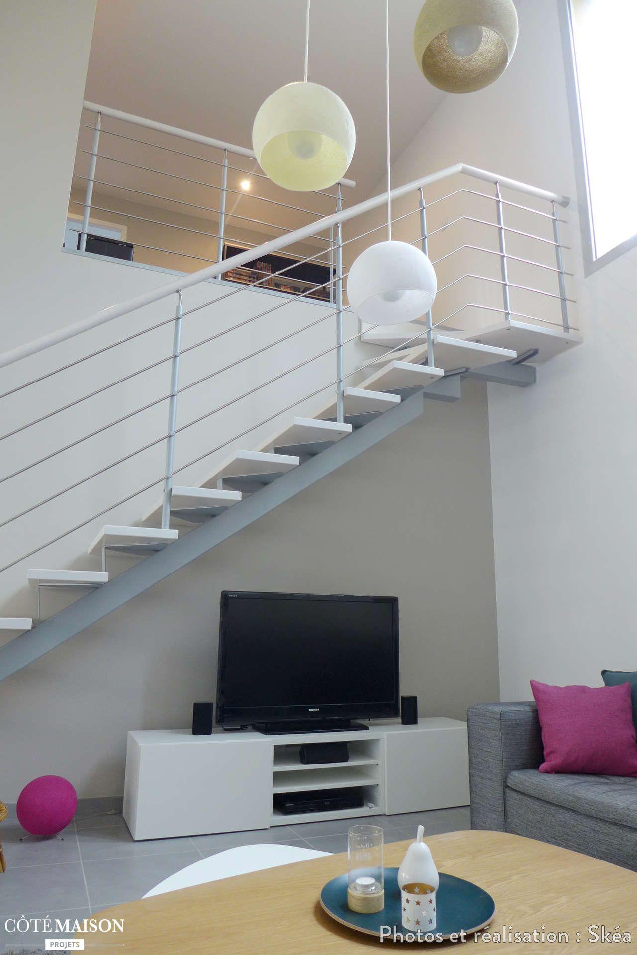 Sous L Escalier Le Coin Tele Lyon Skea Deco Maison