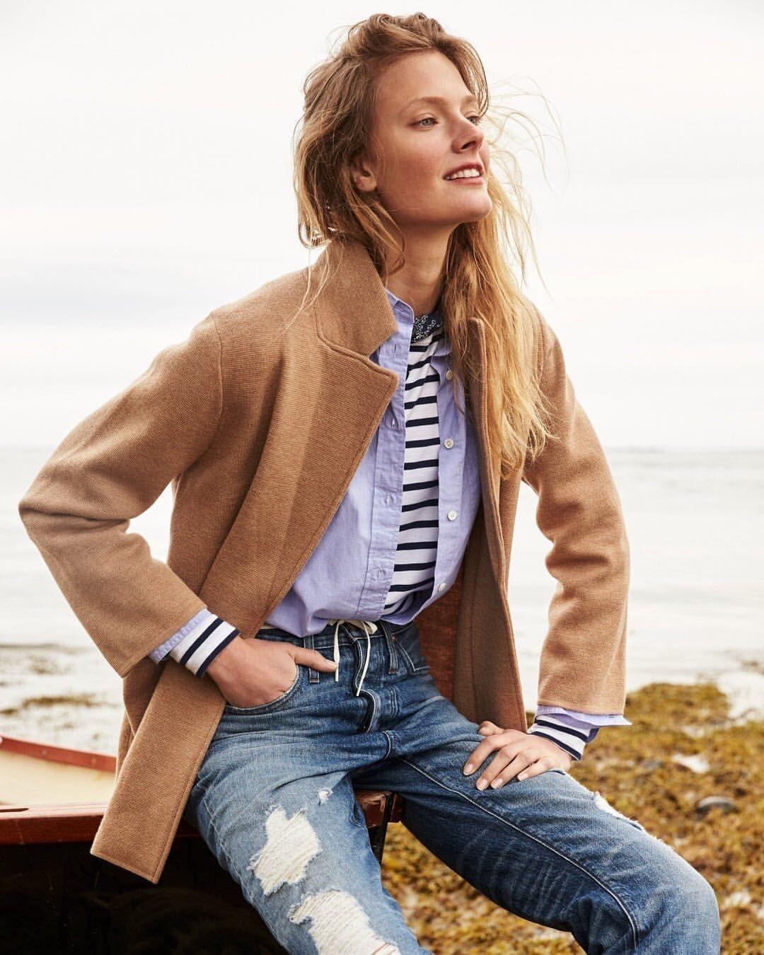 Pin By Sara Bosch On Fashion Fashion Blazer Sweaters