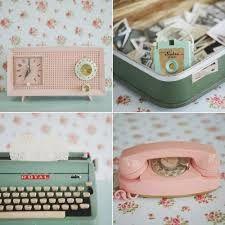 Resultado de imagem para decoração de quarto feminino vintage