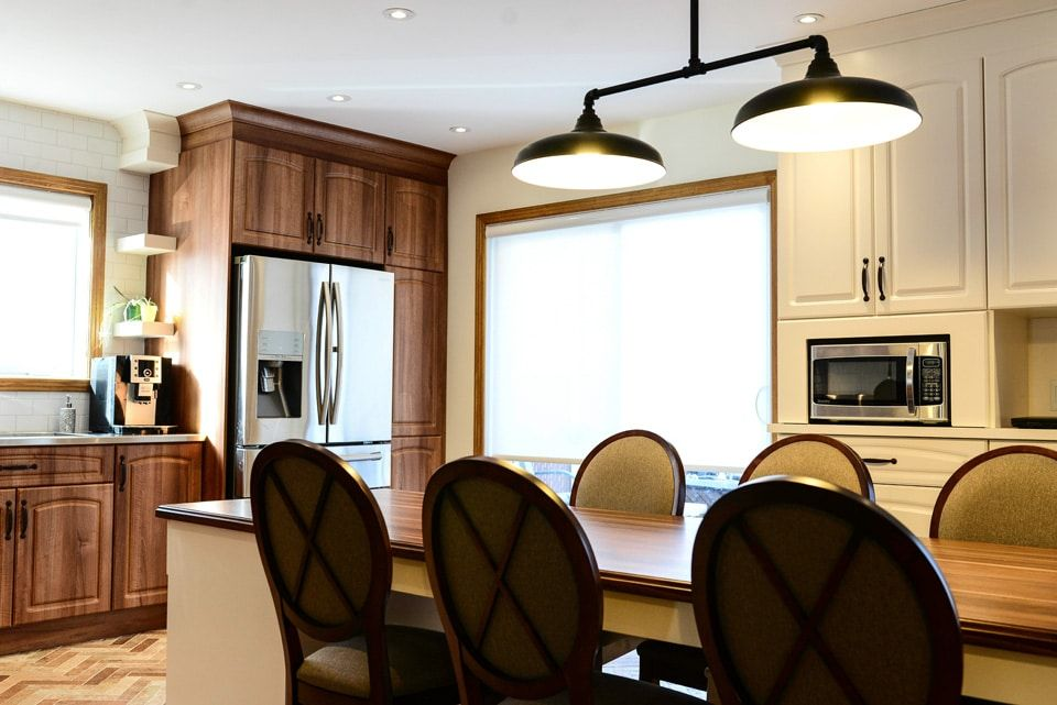 Amenagement Du Rdc Et Design De La Cuisine Zu Design Design Parement Mural Decoration Murale