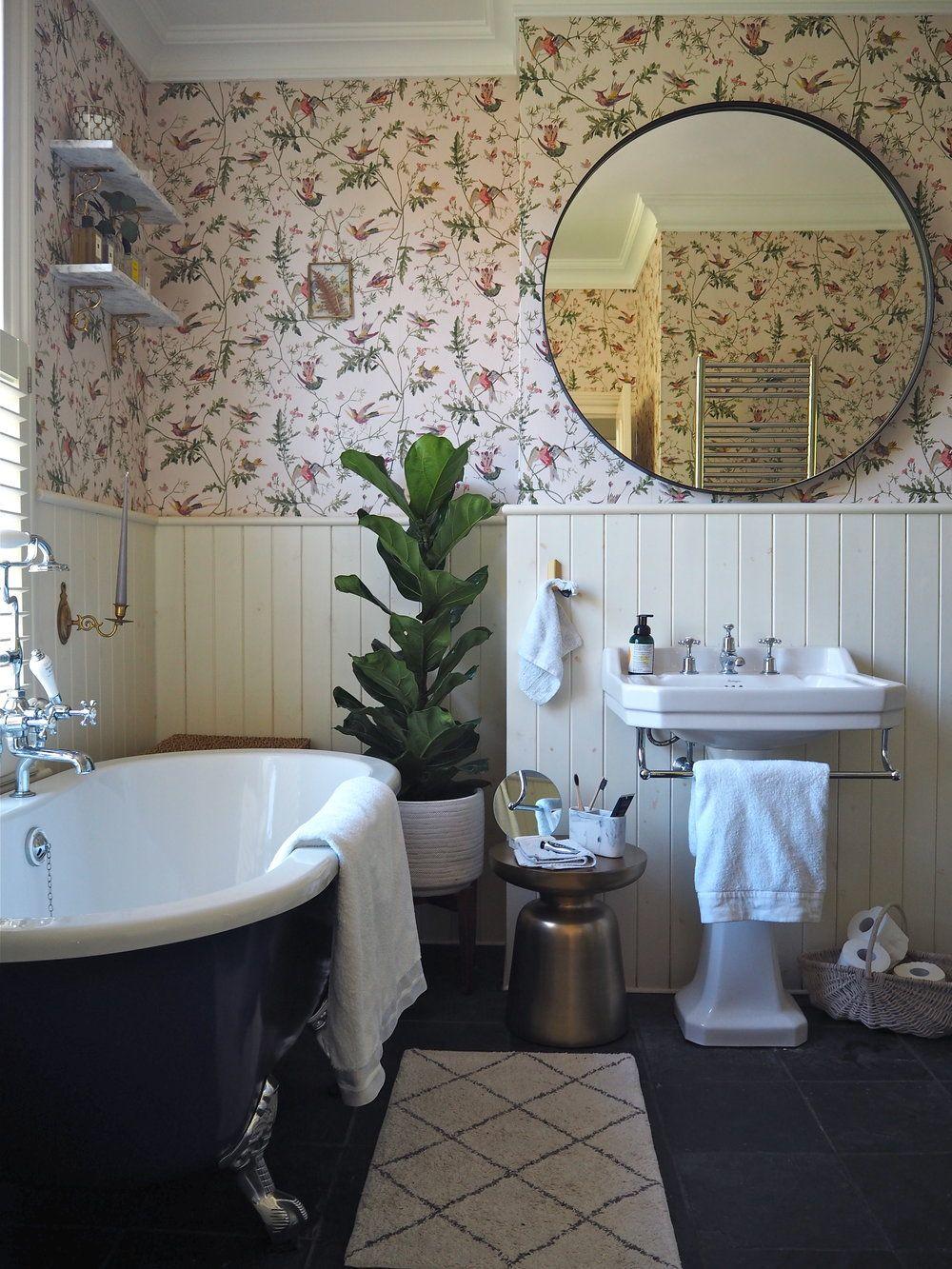 How To Hang A Large Mirror Melanie Lissack Interiors Bathroom Decor Modern White Bathroom Bathroom Pictures