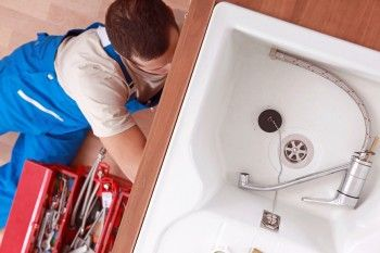 Plumbers austin tx At Reliant Plumbing, we are your local Austin Texas plumbing experts. From routine maintenance to emergency repairs, we are here for all your professional plumbing needs. Fast, Reliable Service: We're available to handle your plumbing needs 24 hours a day, 7 days a week. We work with your schedule and offer same day service. For all … http://reliant-plumbing.com/