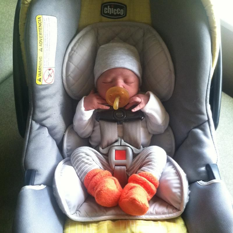 An 8 Lb Newborn In A Chicco KeyFit 30 Using The Infant Insert And Head Support That Came With Car Seat