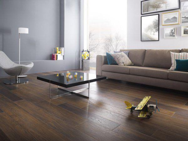 Wohnzimmer Mit Fussboden In Holzoptik Und Wandfarbe Petrol Blau