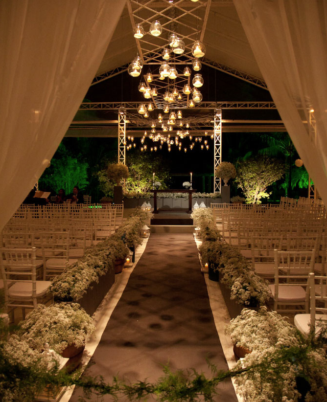 37 Divine Wedding Ideas from Talented Wedding Professionals. To see more: http://www.modwedding.com/2014/01/25/37-divine-wedding-ideas-from-talented-wedding-professionals/