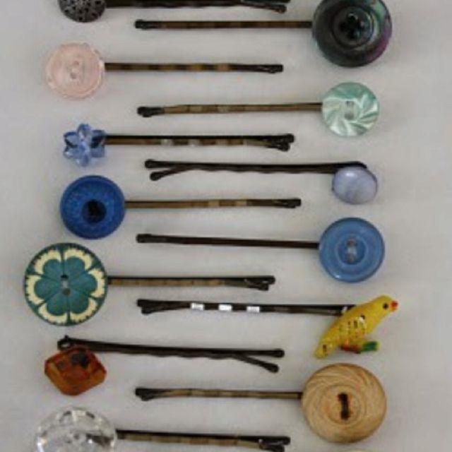 button bobby pins