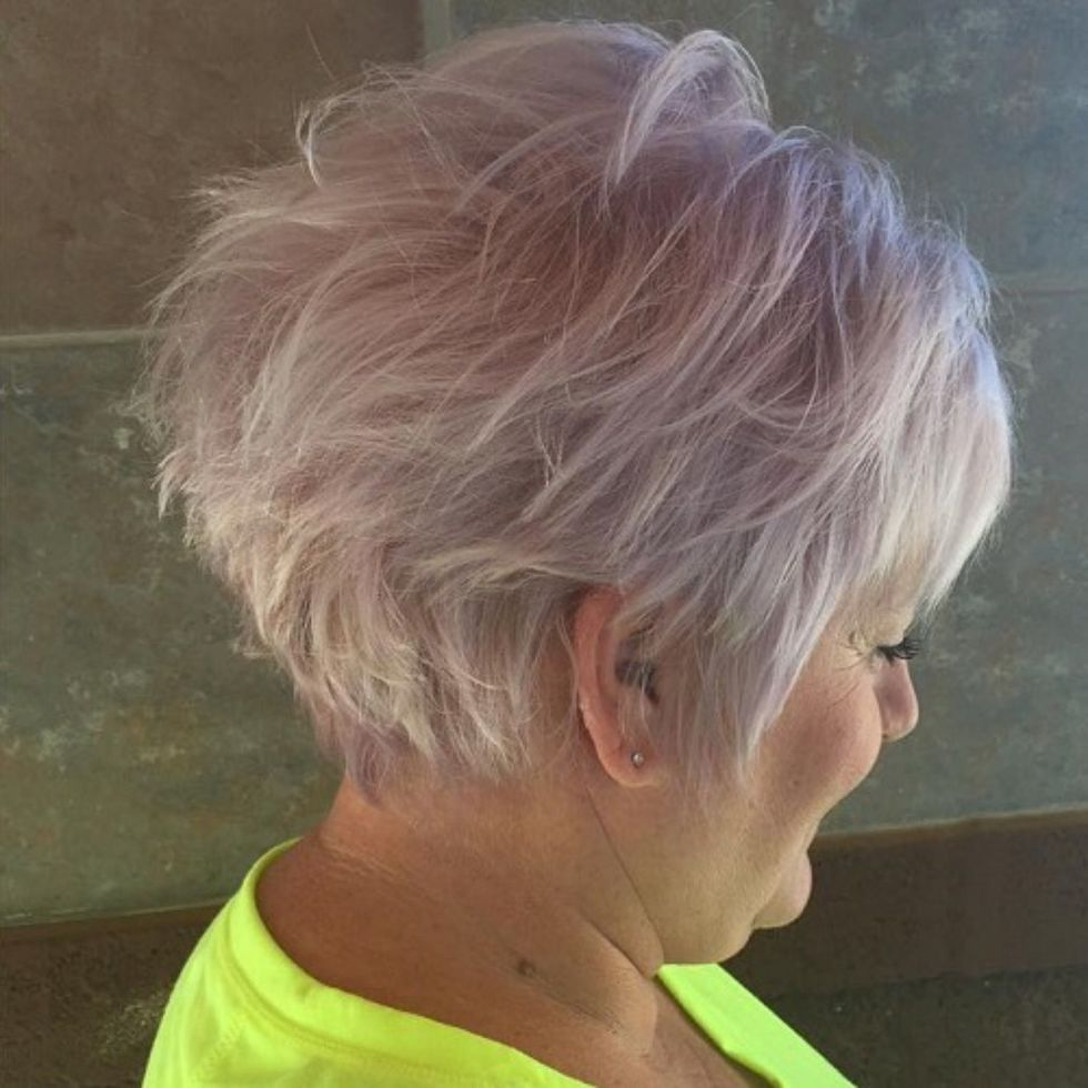 classy and simple short hairstyles for women over hair low