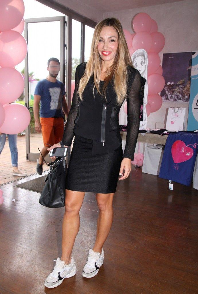Ελένη Πετρουλάκη  Με sporty chic look και sneakers που ξεχωρίζουν - JoyTV 662b3b31593