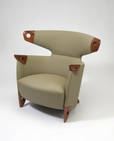 Fetish Chair Alphonse Mattiakinda like it but it looks like it\u0027s