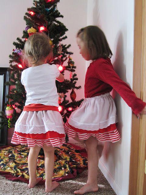 Tutorial: Christmas Bustle Skirts - Rae Gun Ramblings