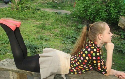 Tween girl pantyhose