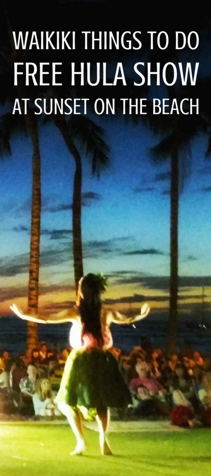 Free Hula Show in Waikiki: Kuhio Beach Park :: oahu hawaii