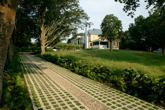 America s 9 coolest driveway designs ever home grown for Green pavers