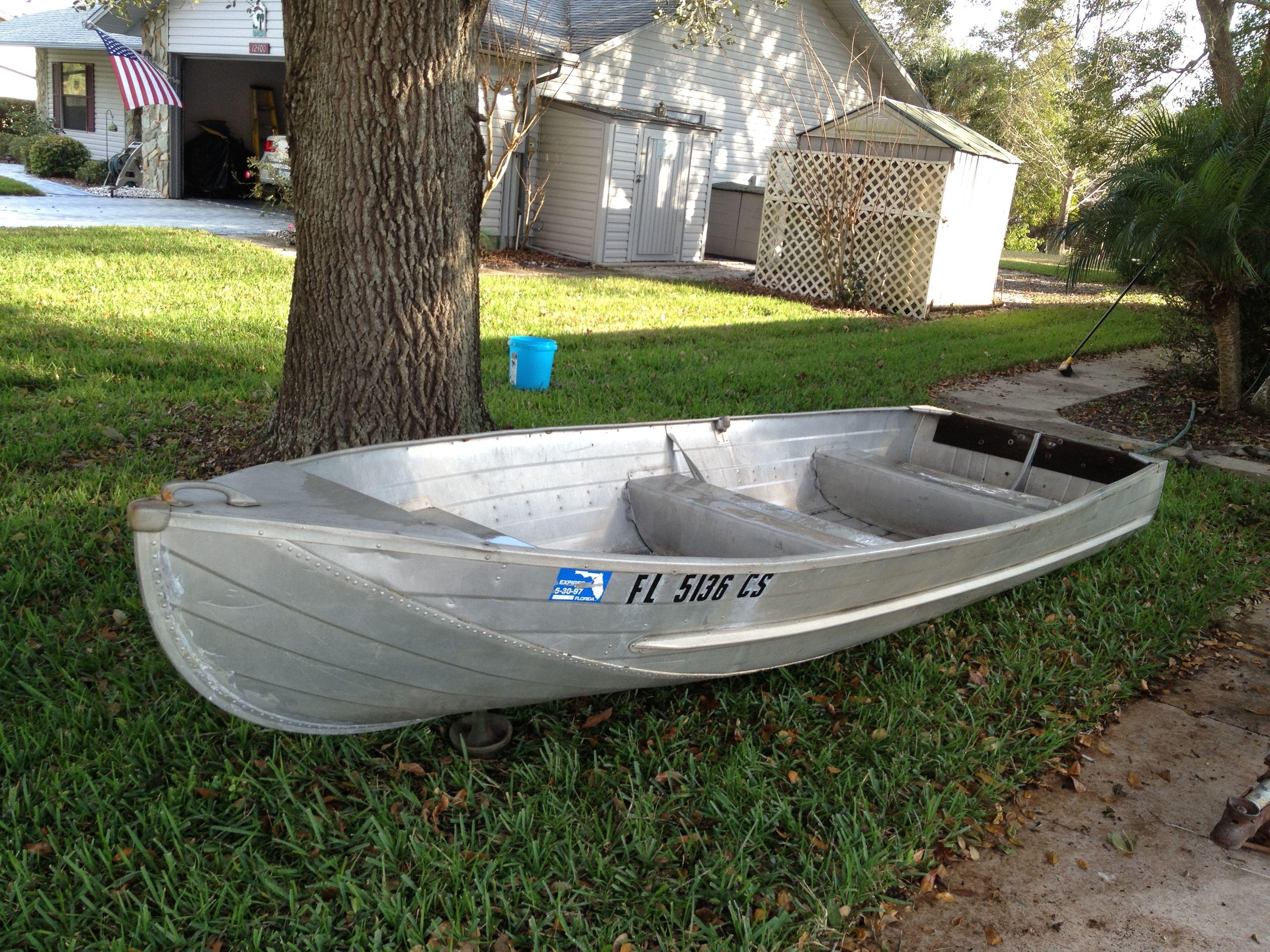 Nice polished 14 39 aluminum jon boat perfect for florida for Nice fishing boats