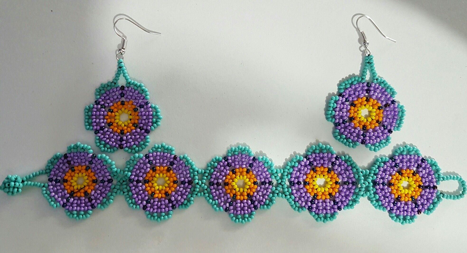 cac85a6aa67f Pulsera Flores Huichol chaquira Beads aretes turquesa