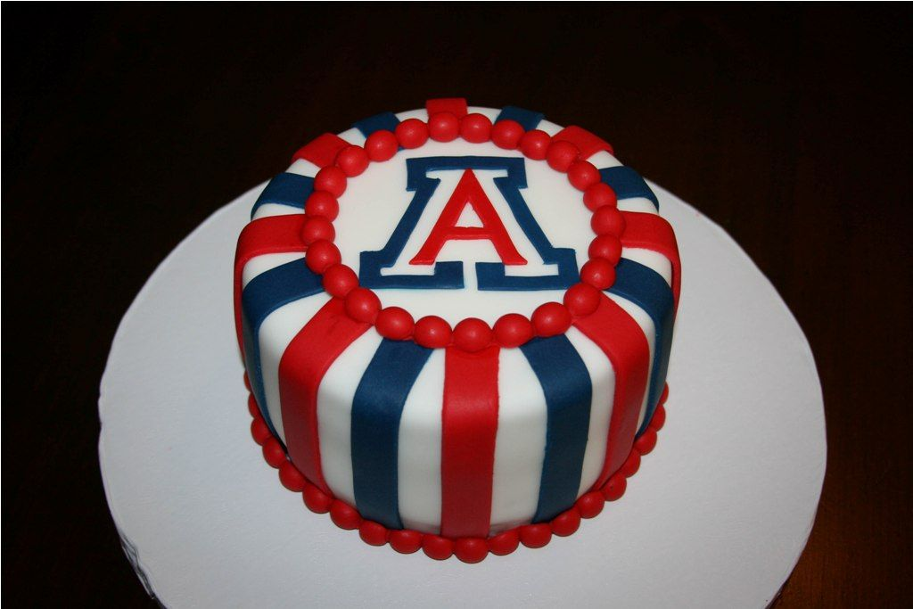 U Of Arizona Graduation Cakes