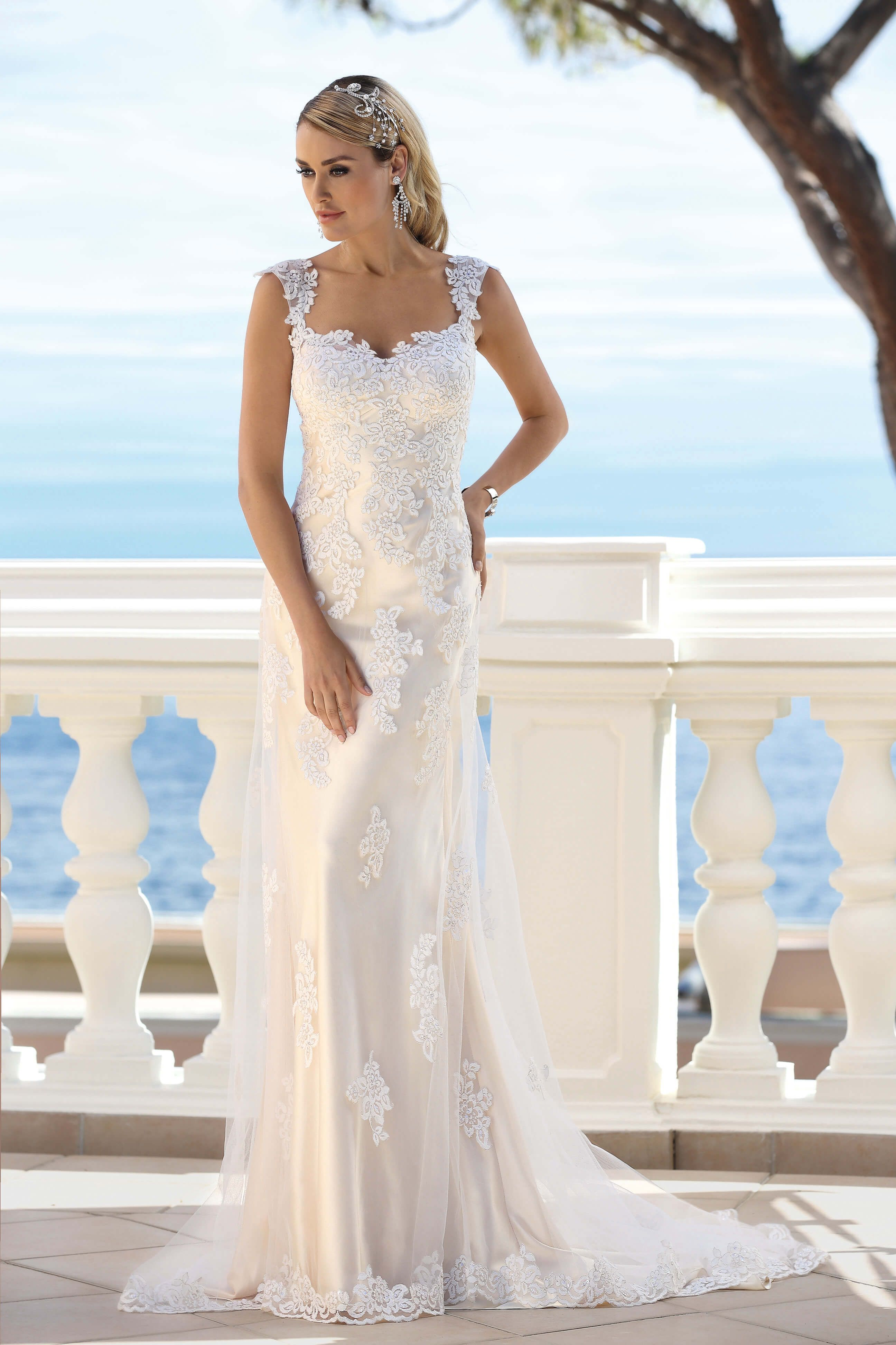 We Are One Of The Leading Bridal Wedding Dress Shop Anns Bridal