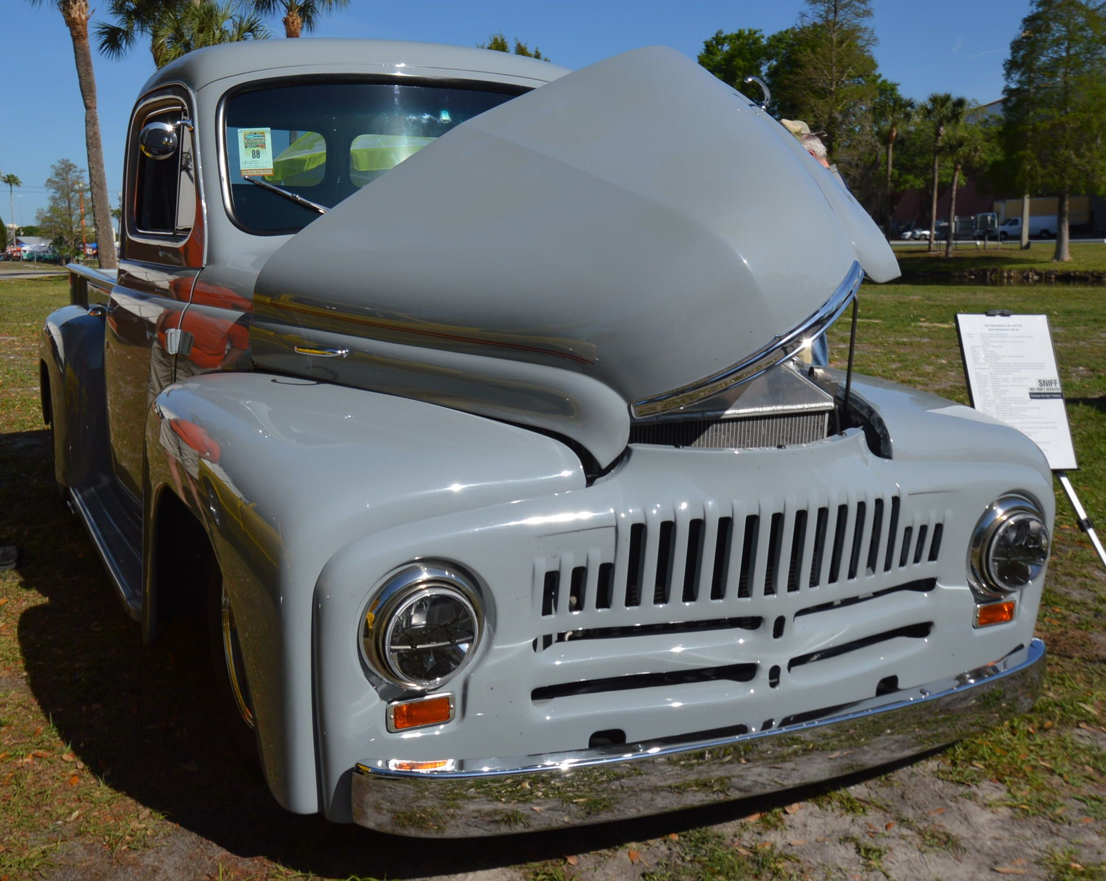 International Truck. CarStorian at the National Street Rod ...