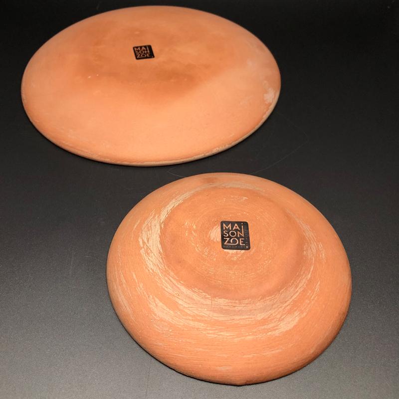 Ein Set Bestehend Aus Vier Keramiktellern Die Eine Turkis Lila