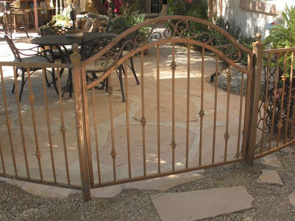 Full Bell Arched Single Gate Iron Fence Wrought Iron Fences
