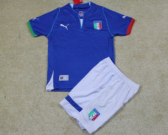 606f22648 ... china top quality aaa 2013 2014 italia home kid kit soccer jersey
