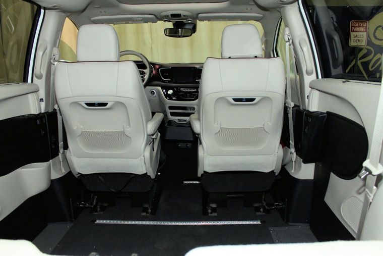 2019 Chrysler Pacifica Wheelchair Van For Sale Rollx 12 5 Inch