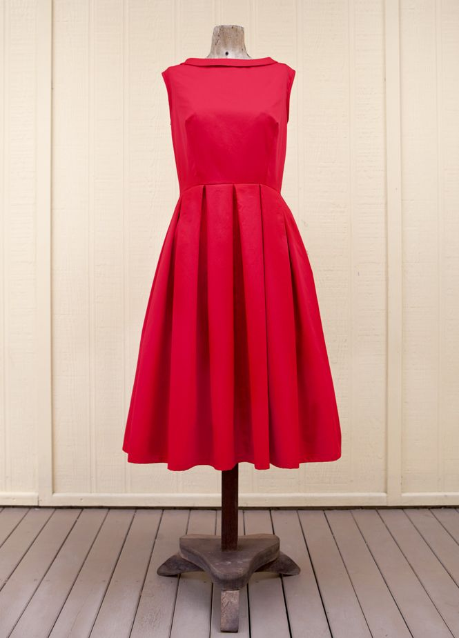 FIFTIES-STYLE PROM DRESS | 1950s style, Box pleats and Vintage patterns