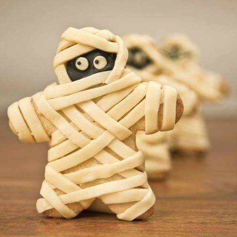 Mummy cookies cookies halloween halloween pictures happy halloween halloween treats halloween food mummy
