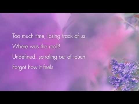 Martin Garrix and Dua Lipa - Scared To Be Lonely (Lyrics / Letra) 2017