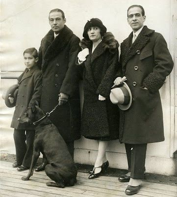 RUDOLPH VALENTINO'S FAITHFUL DOG - Kabar