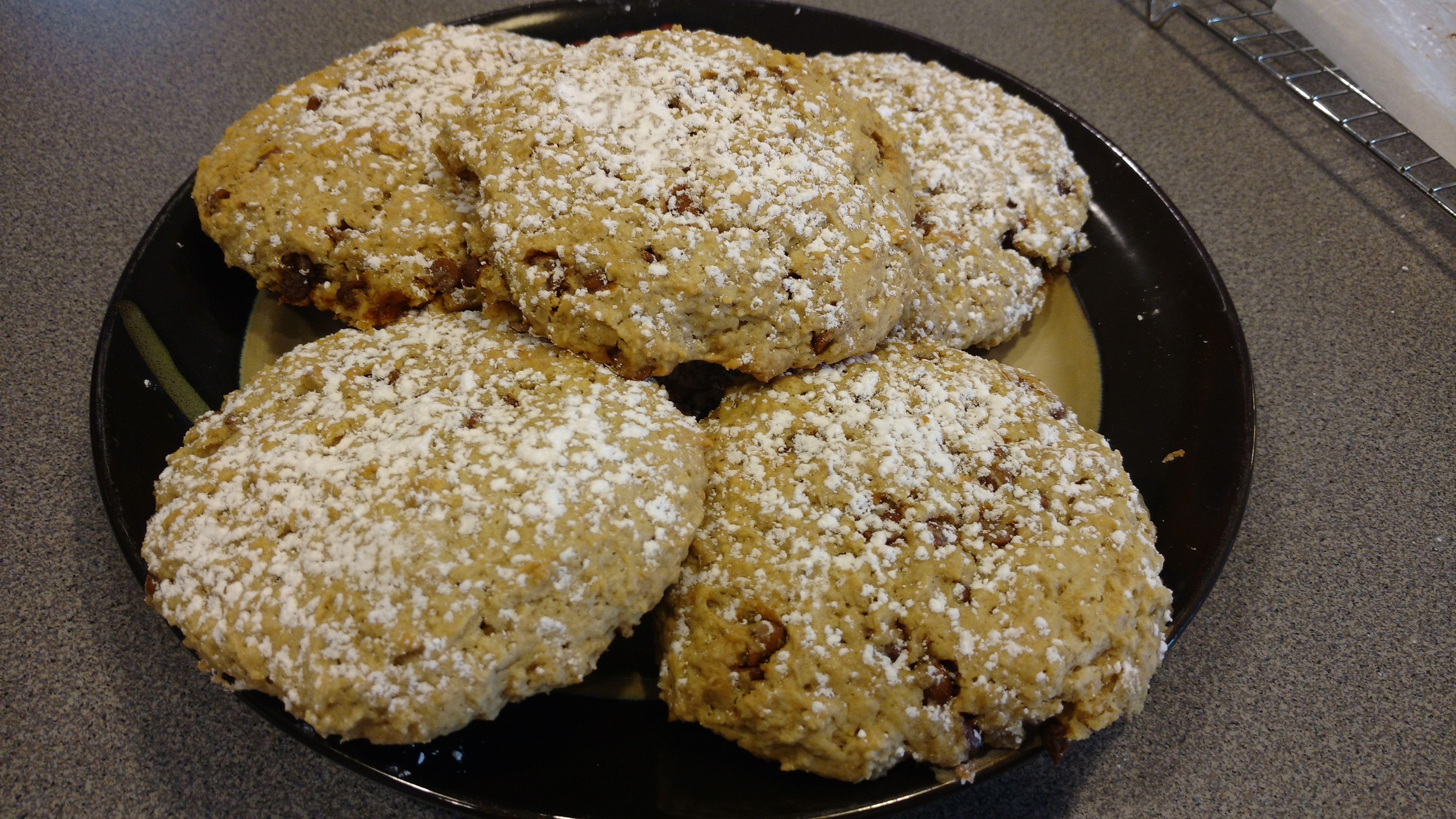 Buttermilk Oatmeal Scones Recipe In 2020 Oatmeal Scones Cinnamon Oatmeal Muffins Scones