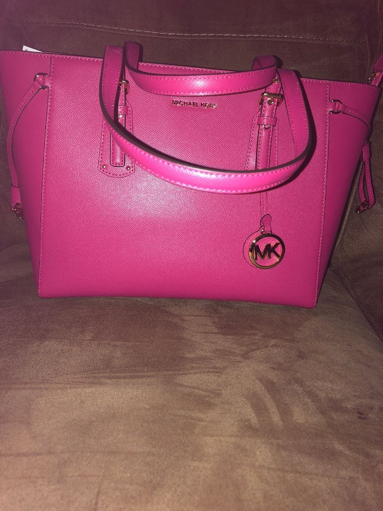 d582a6cf6eafe0 Michael Kors Voyager Ultra Pink Tote. #fashion #clothing #shoes  #accessories #womensbagshandbags  #seemoremichaelkorsvoyagermediummultifunctionleat (ebay ...
