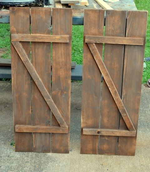 How to make diy barn wood shutters for less than 10 to for How to make shutters from pallets