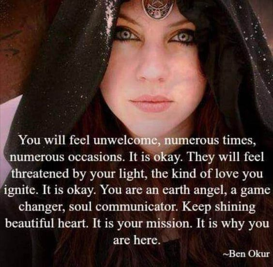 Start every morning with Moonsong Daily Magick and the Daily Oracle!