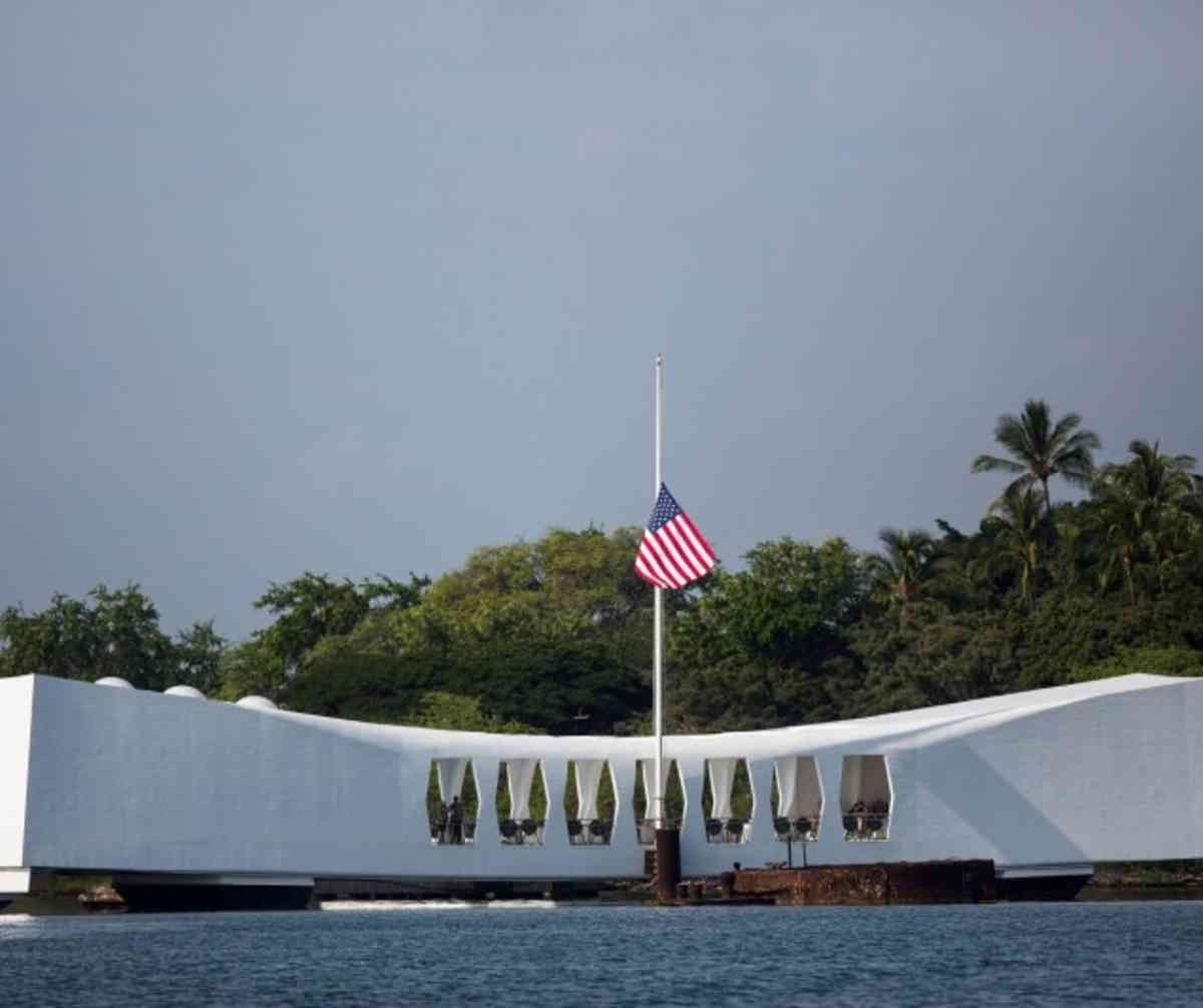 Obama Japan Pm To Visit Pearl Harbor