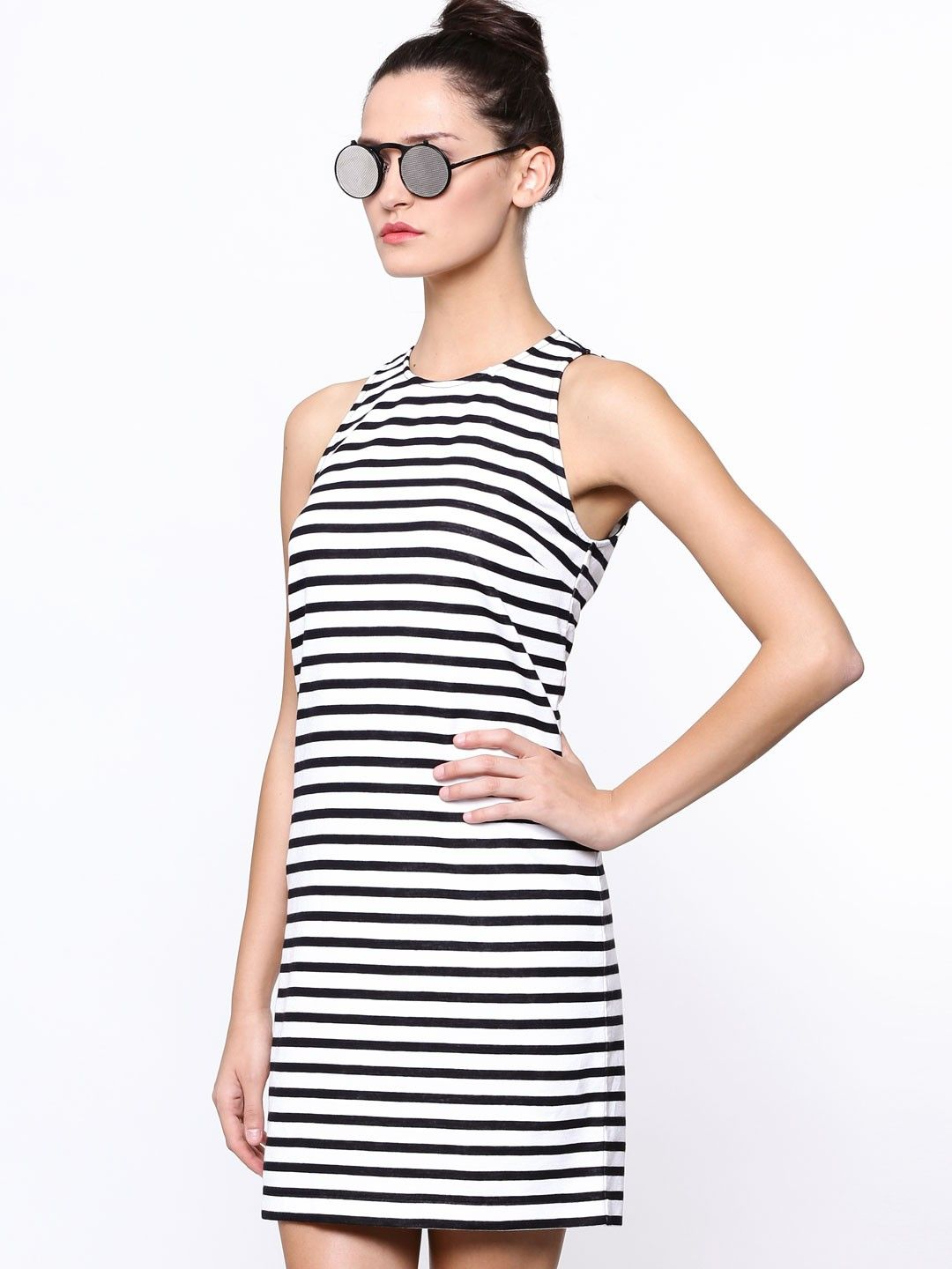 a6e4768c59d GAS Monochrome Striped Dress - Buy Women s Tunic Dresses online in India
