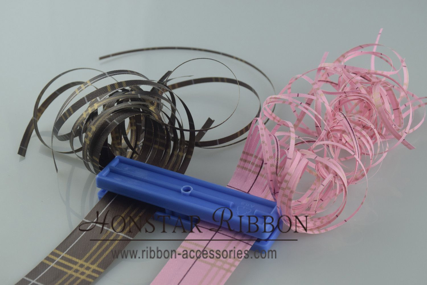 ribbon shredder and curler tool uk for gift wrapping decoration