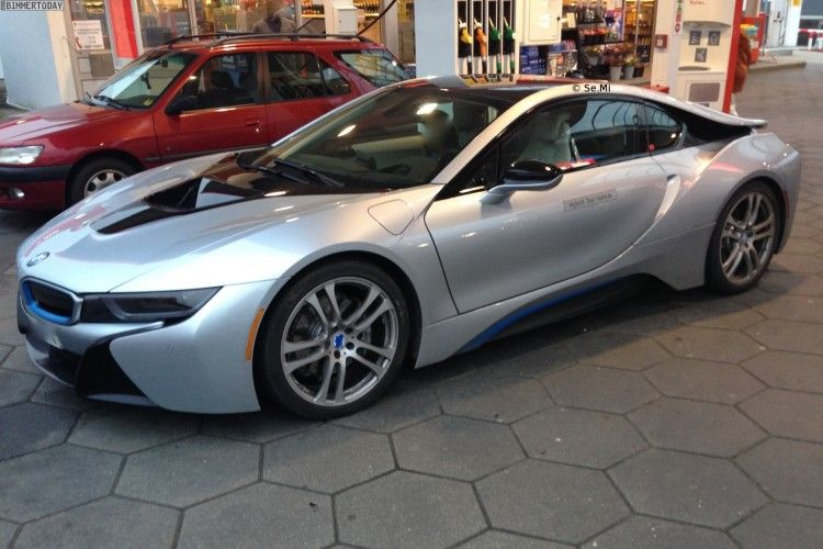 Bmw I8 Iconic Silver Real Life Photos With Images Bmw I8