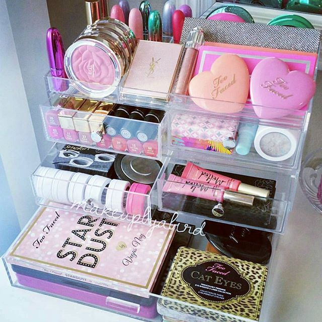 Loving these drawers @thecontainerstore  #adrienneroyale#pinkcrystal18 #motd…