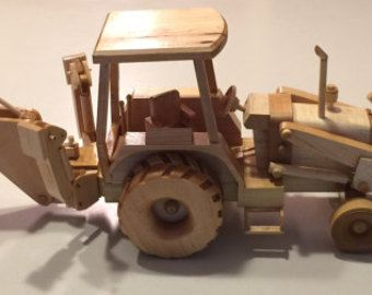 model wood backhoe tractor ideal to use as a show model at your place of work or in a childs. Black Bedroom Furniture Sets. Home Design Ideas