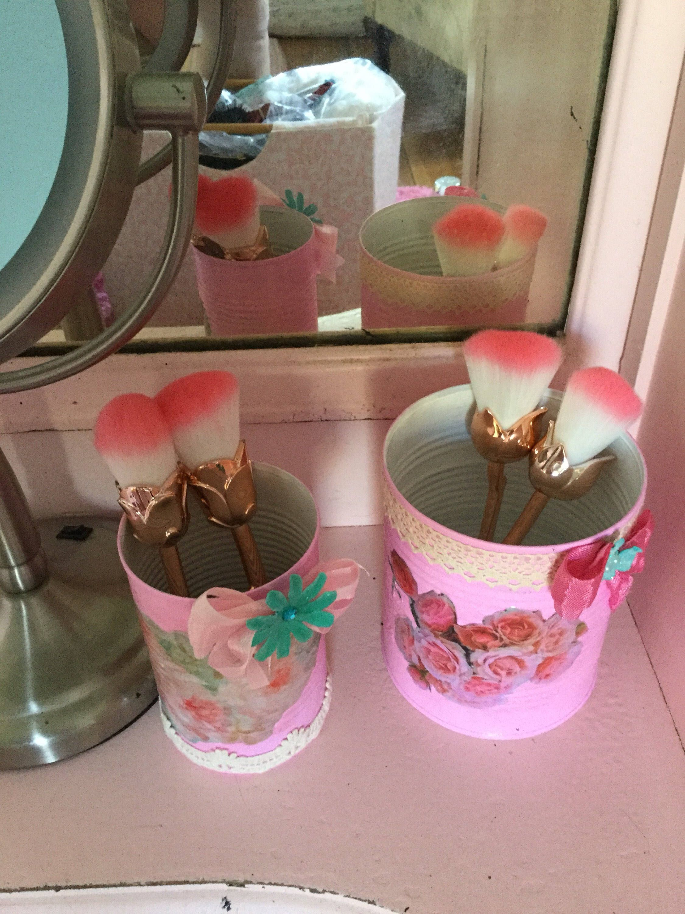 Two piece set of shabby chic cosmetic holder organizers