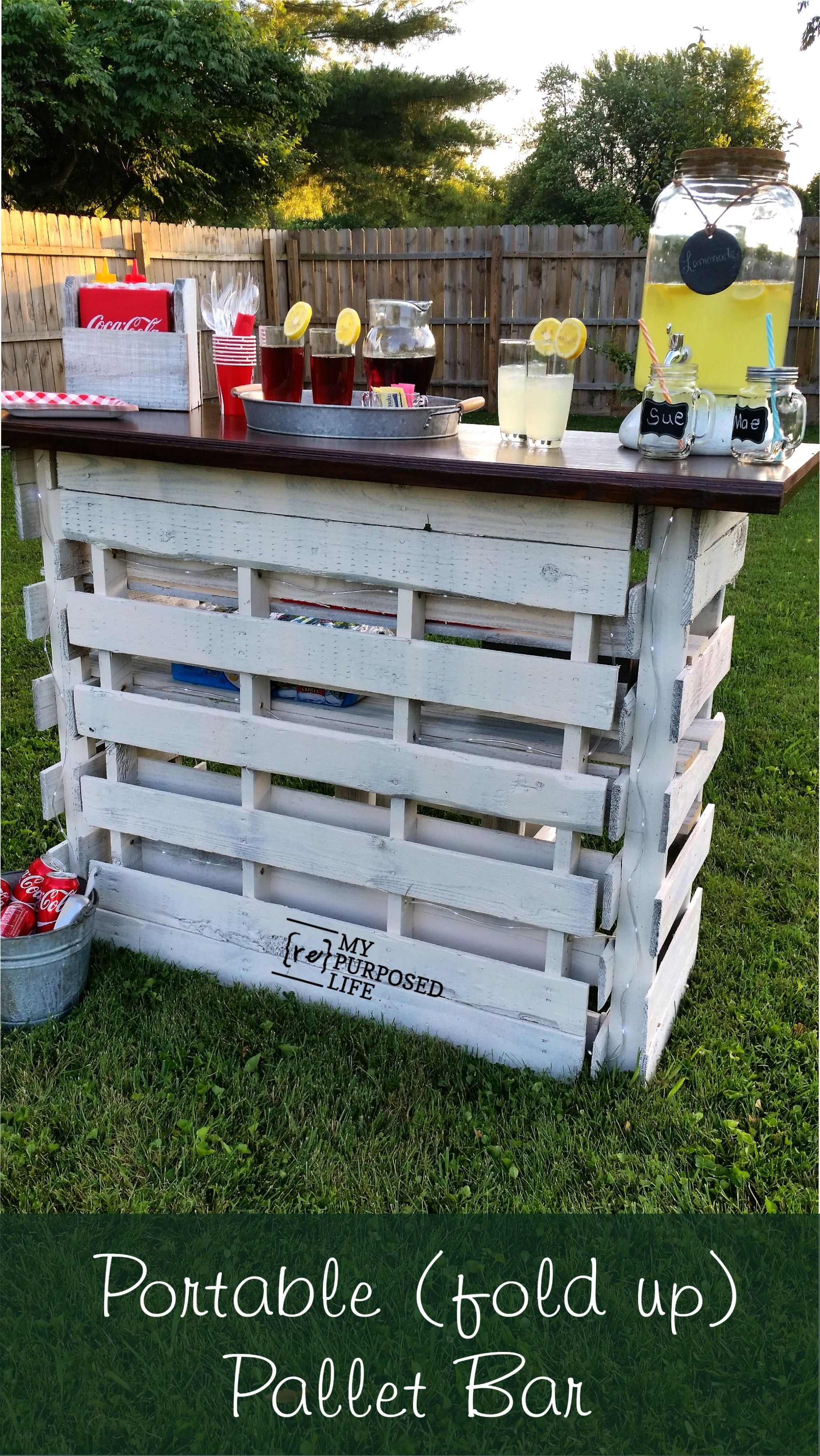 Portable Folding Diy Pallet Bar Great For Weddings Tailgating And More My Repurposed Life Rescue Re Imagine Repeat Pallet Bar Diy Pallet Diy Pallet Bar