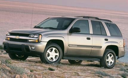 This 2002 Chevrolet Trail Blazer Is Nice For An Suv Chevy Trailblazer Chevrolet Trailblazer Chevrolet