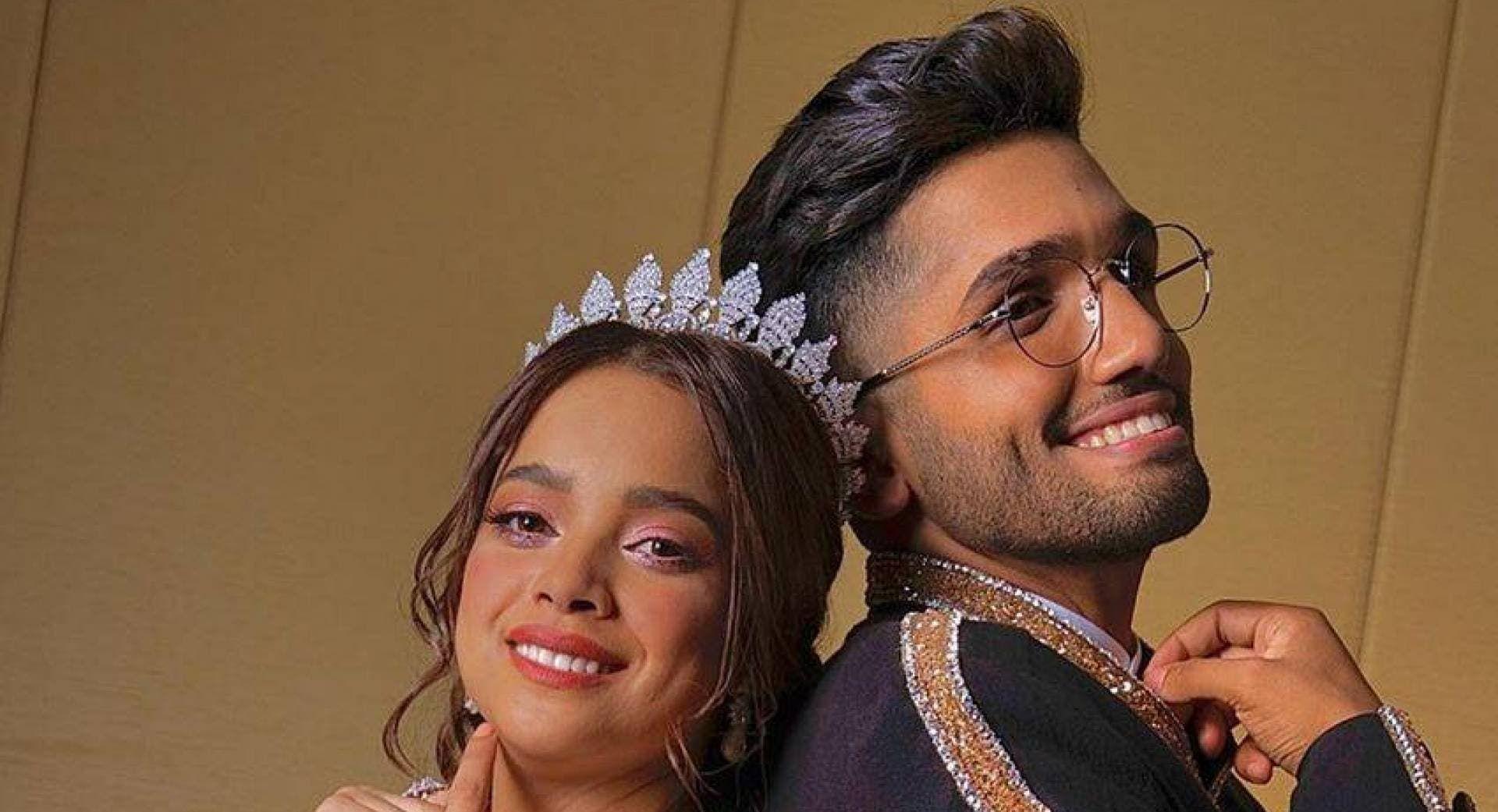 أحمد خميس برفقة شبيهة مشاعل الشحي والجمهور يشكك بصحة الصورة Fashion Jewelry Crown Jewelry