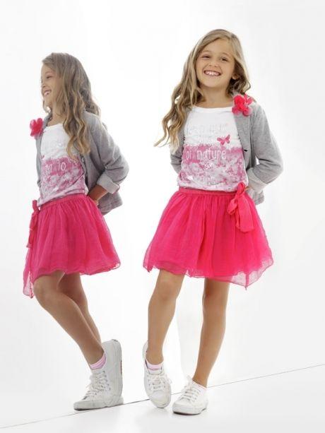 50a45ab2a Deha ropa informal con toque deportivo para niñas   Victoria   Moda infantil,  Moda y Fashion niños