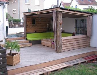 terrasse en palettes abri ext rieur diy palettes terrasse bois bric bat pinterest. Black Bedroom Furniture Sets. Home Design Ideas