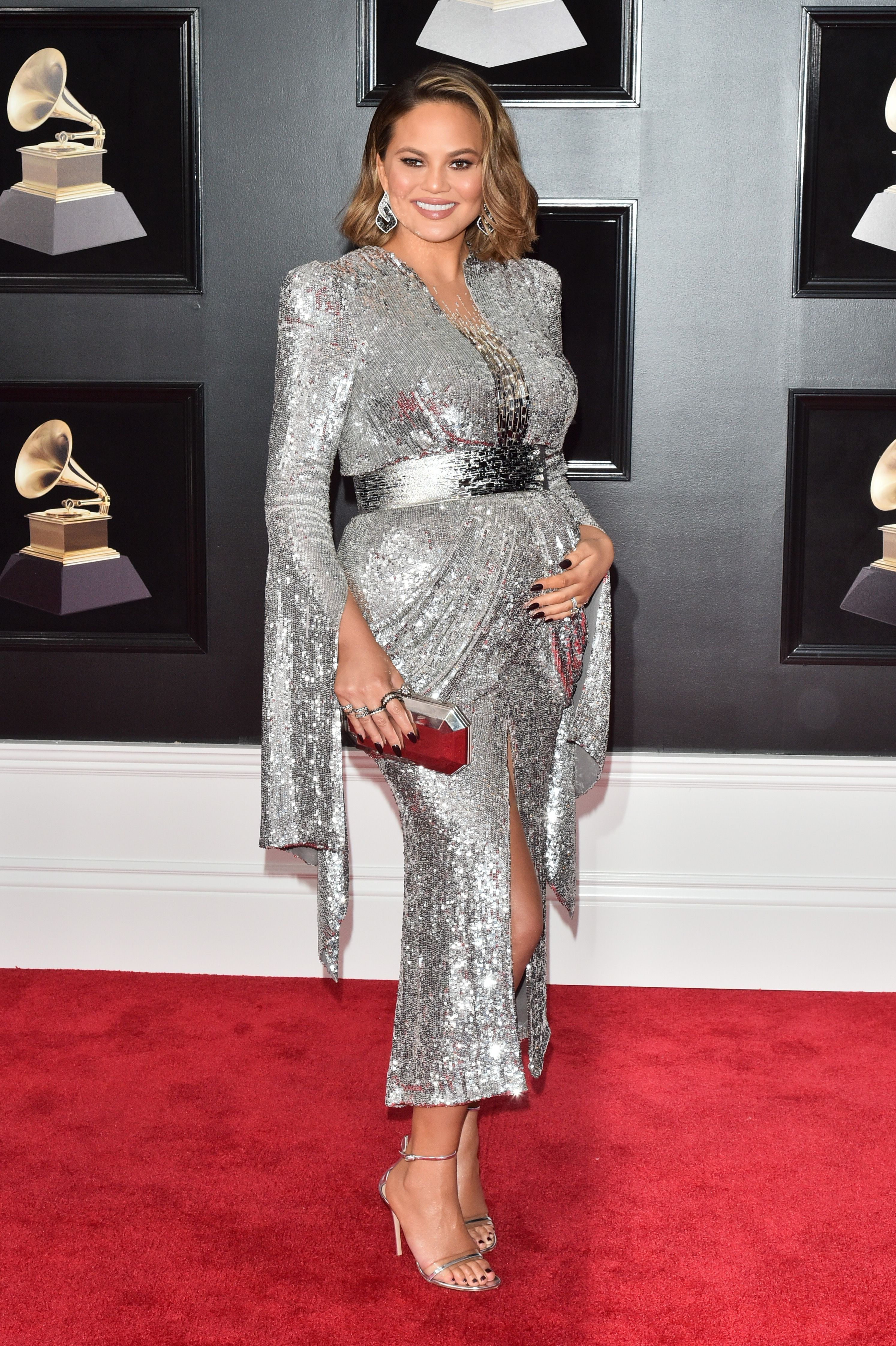 8dc0bf7465846 At The Grammy's, Celebrities Add Color To The #TimesUp & #MeToo  Movements+#refinery29
